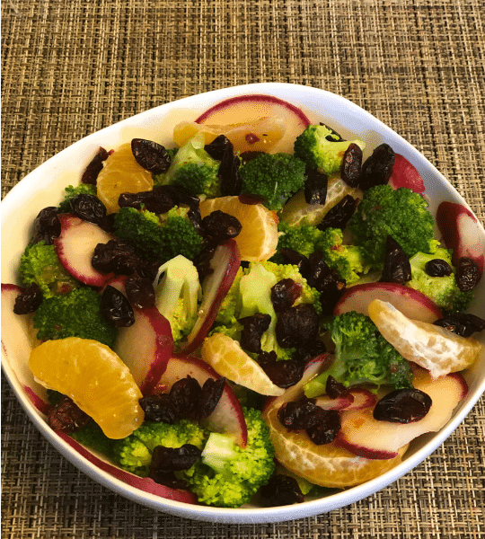 Broccoli salad Simple recipe.Healthy and delicious